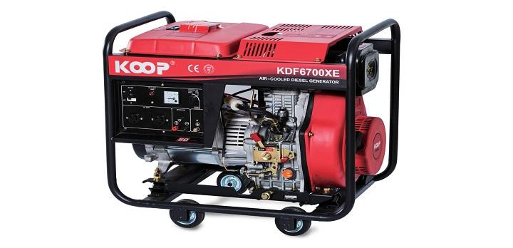 Máy phát điện gia đình chạy dầu Koop 6700XE.